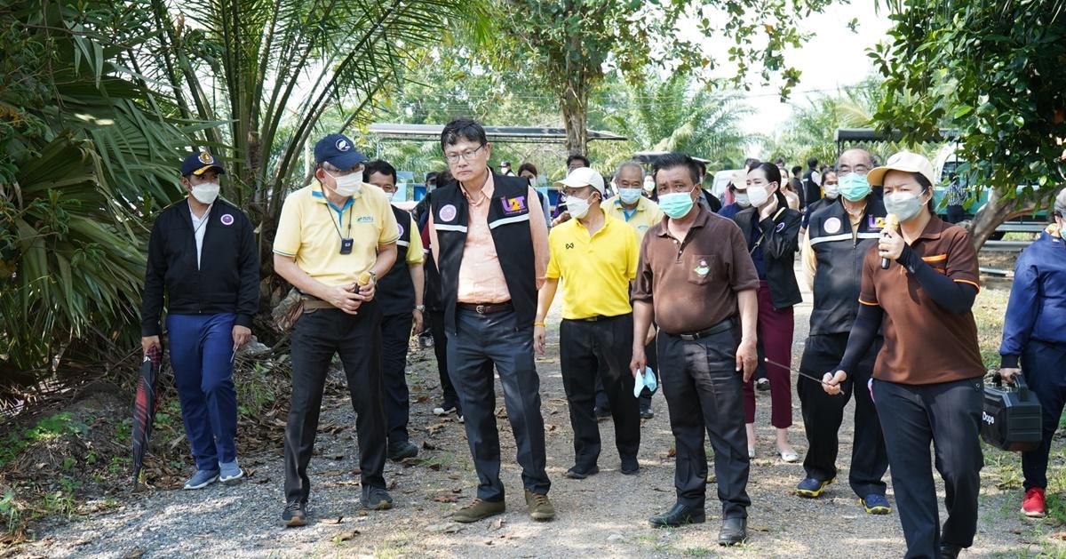 รมว.อว.ลงพื้นที่ติดตามสถานการณ์น้ำ เยี่ยมชมการบริหารจัดการน้ำชุมชนของ สสน.